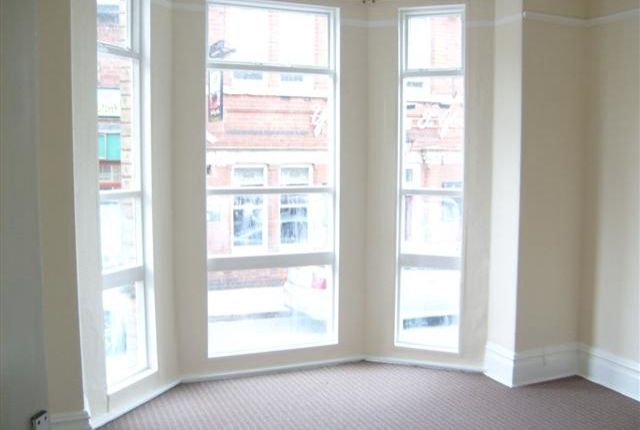 Commercial property to let in High Street, Edwinstowe, Mansfield