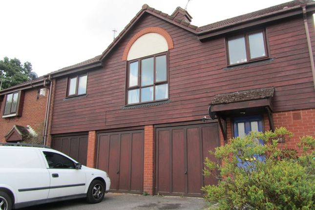 Thumbnail Maisonette for sale in Thistle Road, Hedge End, Southampton