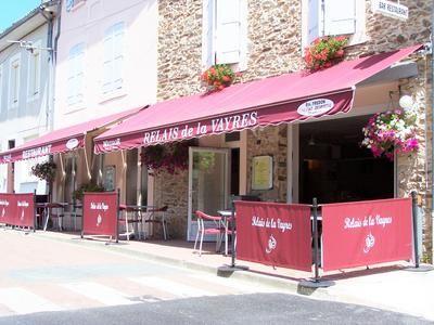 Thumbnail Pub/bar for sale in Oradour-Sur-Vayres, Haute-Vienne, France