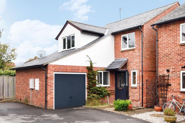 Thumbnail Detached house for sale in Bourne Steet, Didcot