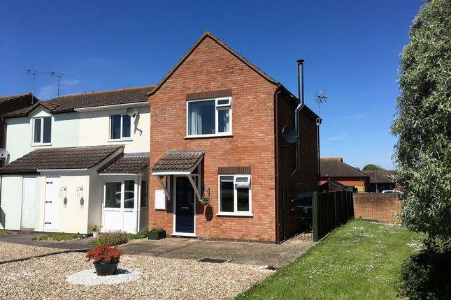 Thumbnail Terraced house for sale in Pembroke Close, Taunton
