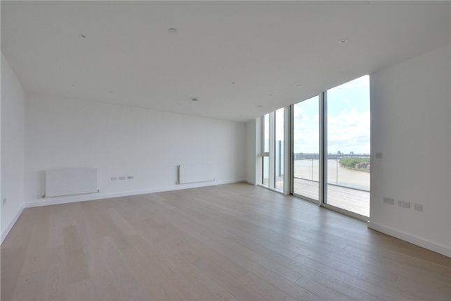 Picture No. 12 of Wyndham Apartments, 60 River Gardens Walk, Greenwich, London SE10