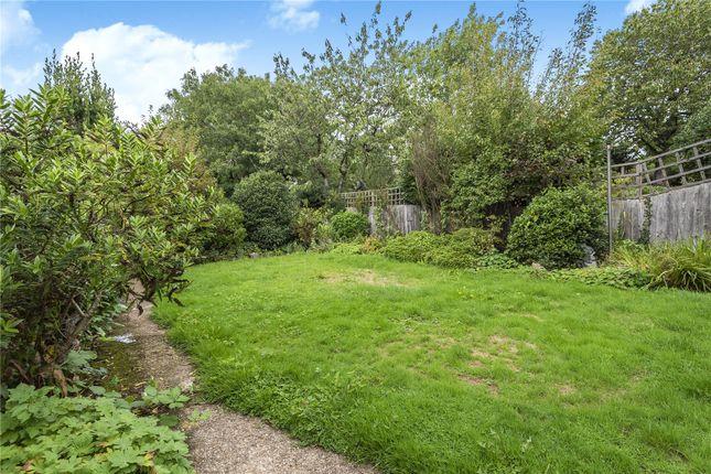 Picture No. 26 of Normandy Avenue, High Barnet, Hertfordshire EN5