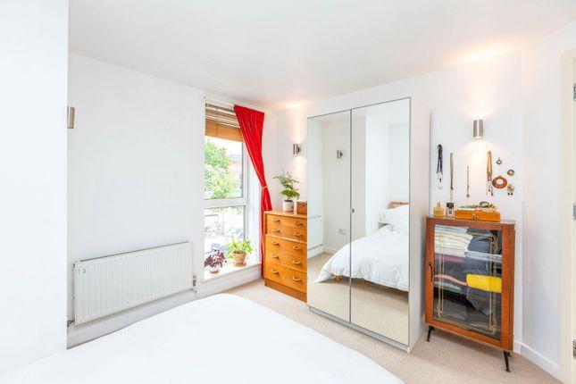 Bedroom of 9 Enfield Road, Islington N1