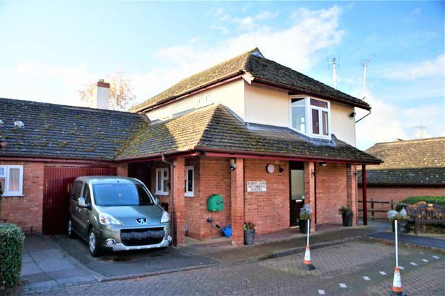 Thumbnail Flat for sale in Wallis Close, Thurcaston, Leicester