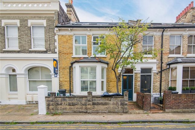 Thumbnail Property to rent in Sutton Lane North, London