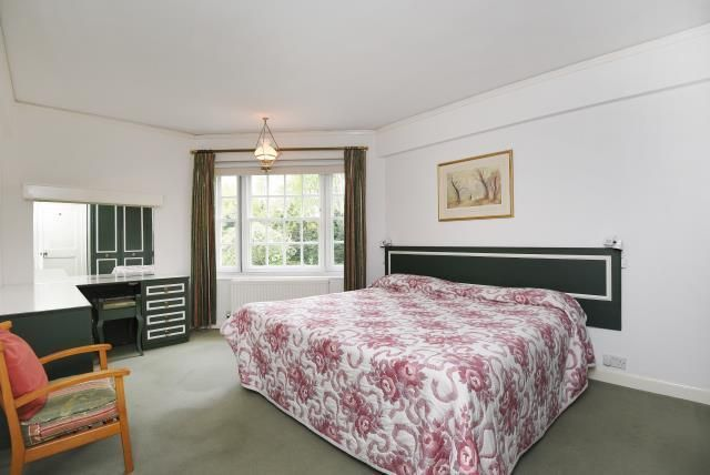 Bedroom of Corringham Court, Golders Green NW11
