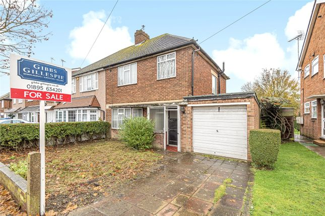 Picture No. 01 of Edwards Avenue, Ruislip, Middlesex HA4