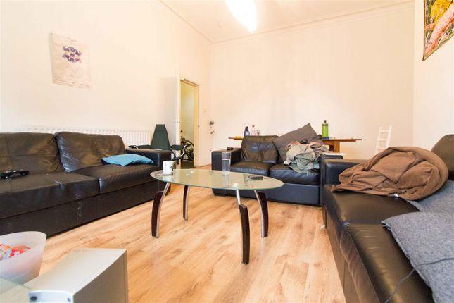 Thumbnail Property to rent in Winstanley Terrace, Hyde Park, Leeds
