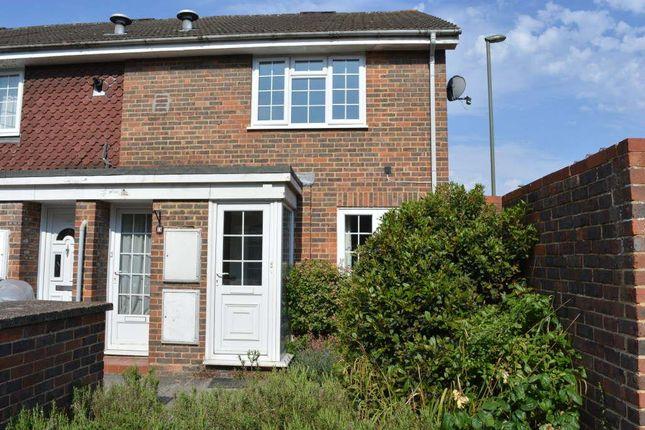 1 bed maisonette to rent in Stevens Close, Epsom KT17