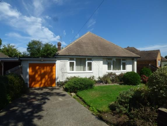 2 bed bungalow for sale in Orchard Rise, Shirley, Croydon, Surrey