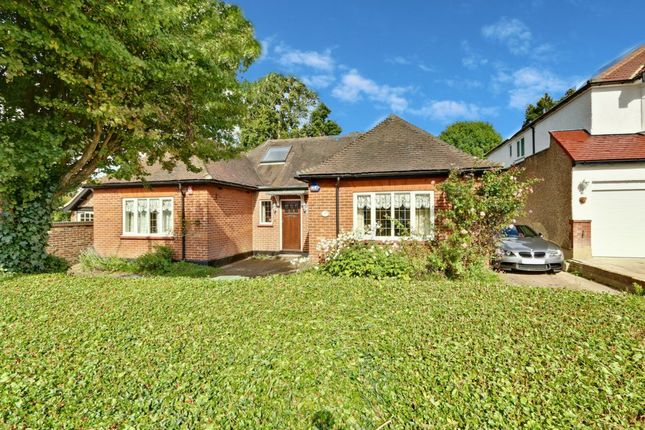 Thumbnail Bungalow for sale in Hadley Road, Enfield