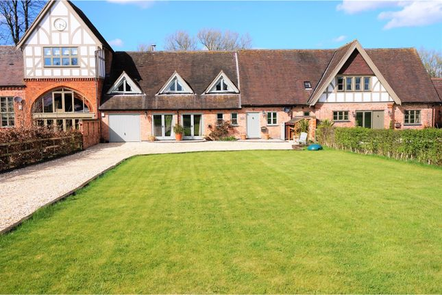 Thumbnail Barn conversion for sale in Haseley, Warwick