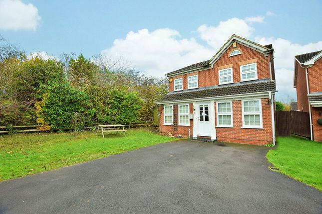 Thumbnail Detached house to rent in Westmorland Drive, Warfield, Berkshire