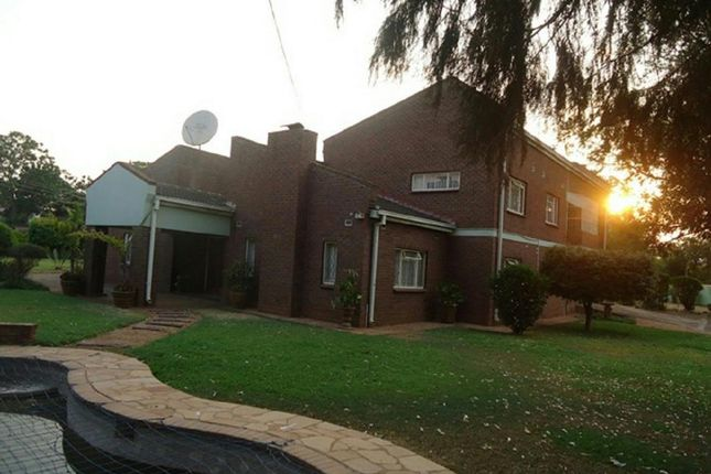 Thumbnail Detached house for sale in Riverton Rd, Harare, Zimbabwe