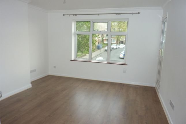 Thumbnail Flat to rent in Commonwealth Way, Abbey Wood, London