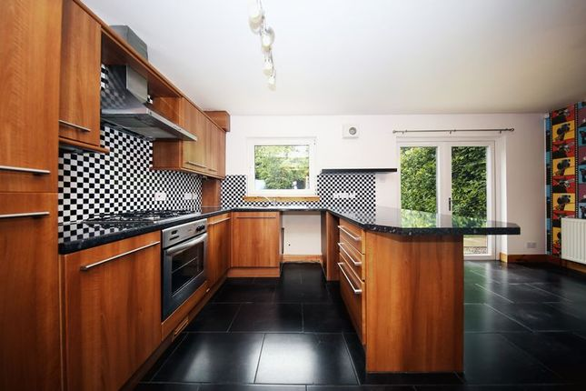 Thumbnail 4 bed town house for sale in Main Street, Invergowrie, Dundee