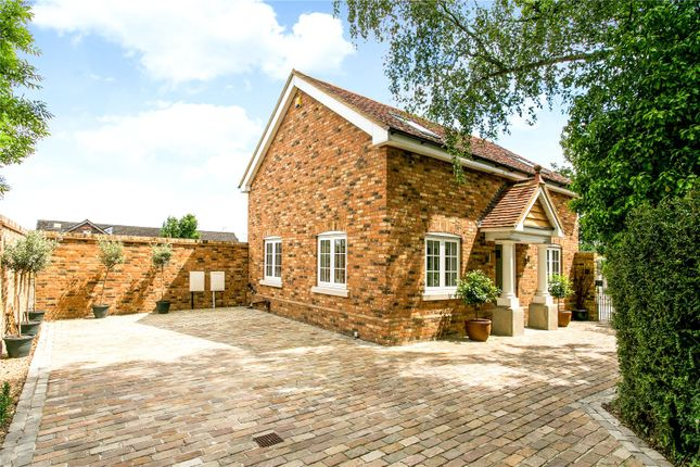 Thumbnail Detached house for sale in Church Road, Watford, Hertfordshire