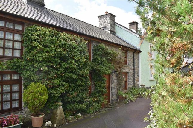 Thumbnail Cottage for sale in Well Street, Doldre, Tregaron