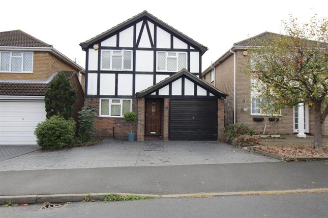 Thumbnail Detached house for sale in Oakfield Road, Benfleet