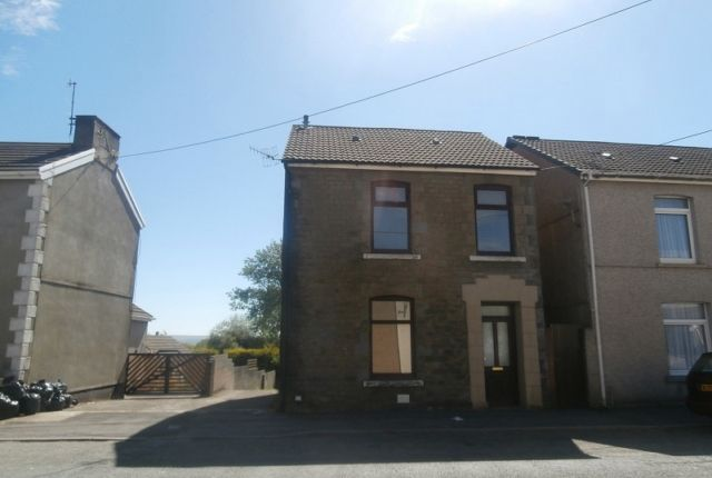 Thumbnail Property to rent in Woodlands, Llwynhendy Road, Llanelli