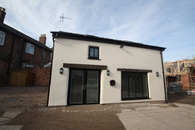 Thumbnail Detached house to rent in London Road, Davenham, Northwich