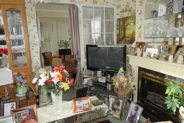 Living Room of Vinnetrow Road, Runcton, Chichester PO20