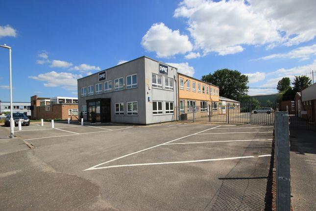 Light industrial to let in Fircroft Way, Edenbridge