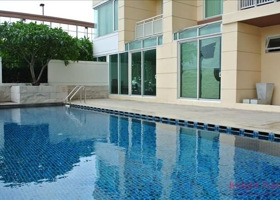 3 bed apartment for sale in One Of The Finest Buildings Offering Ultimate City Living - Sathorn Road, Yannawa