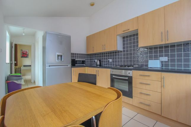 Kitchen (2) of North Road, Cathays, Cardiff CF10