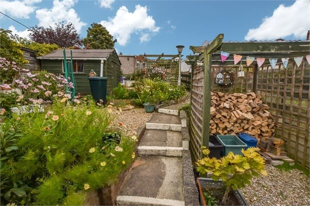 Image 12 of Silverwood Avenue, Milber, Newton Abbot, Devon. TQ12
