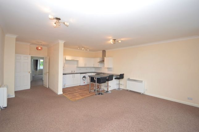 Thumbnail Flat to rent in High Street, Dunfermline