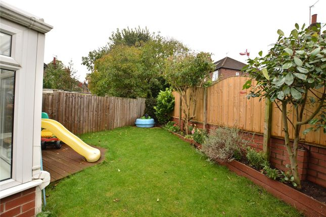 Picture No. 11 of Gledhow Grange View, Roundhay, Leeds LS8