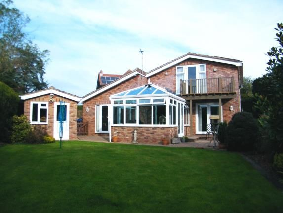 Thumbnail Bungalow for sale in Exmouth, Devon