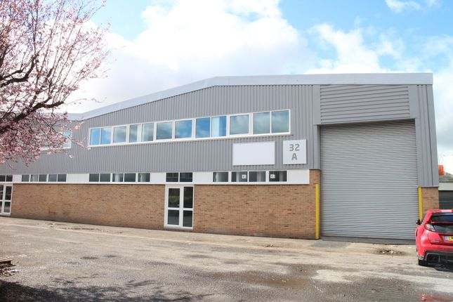 Thumbnail Industrial to let in Ganton Way, Techno Trading Estate, Swindon