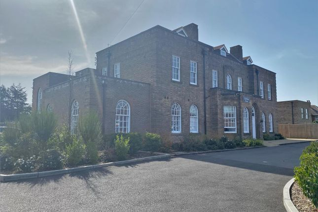 Thumbnail Flat to rent in Colebridge House, Longlevens, Gloucester
