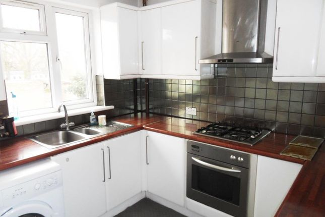 Thumbnail Maisonette to rent in Heathdale Avenue, Hounslow