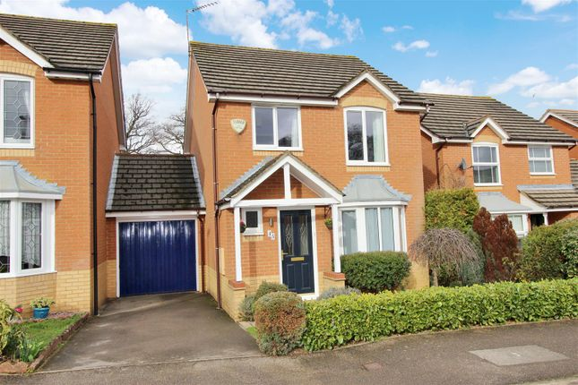Thumbnail Link-detached house for sale in Laureate Way, Gadebridge Park, Hemel Hempstead
