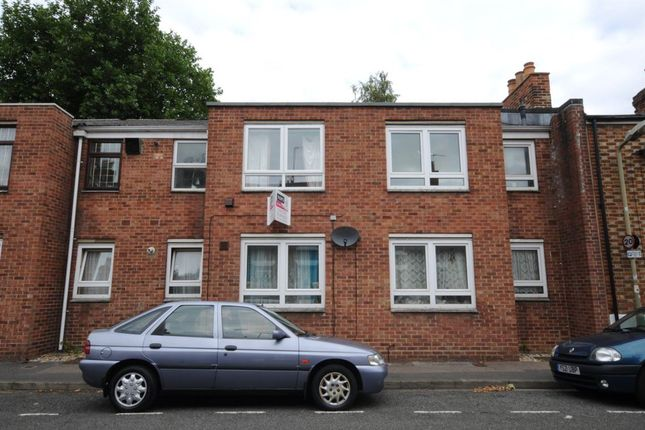 Thumbnail Flat to rent in Great Clarendon Street, Oxford