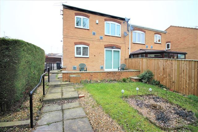 Thumbnail Flat to rent in Helmsley Close, Swallownest, Sheffield, Rotherham
