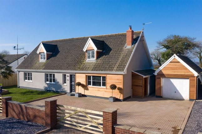 4 bed bungalow for sale in Two Gates, Reynalton, Kilgetty, Pembrokeshire SA68