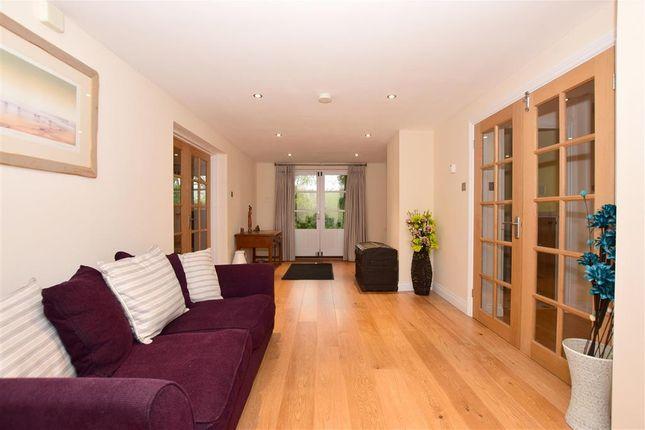 Family Room of Dargate Road, Yorkletts, Whitstable, Kent CT5