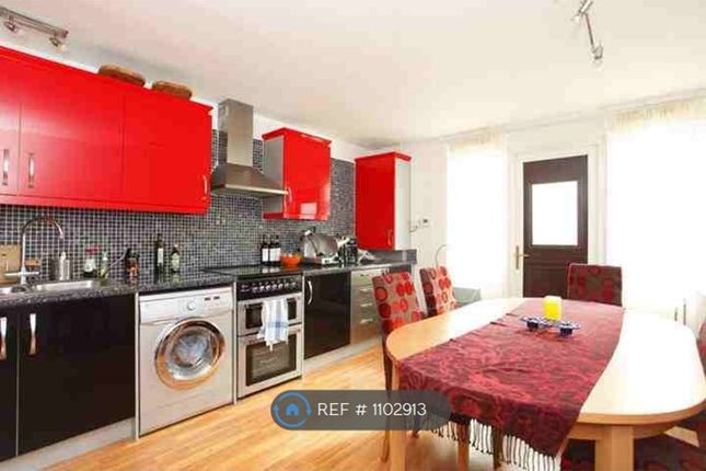 4 bed terraced house to rent in Riverton Close, London W9