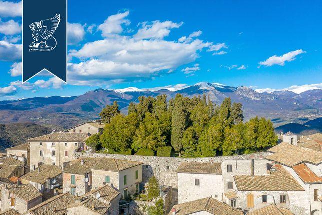 Thumbnail Château for sale in Fumone, Frosinone, Lazio