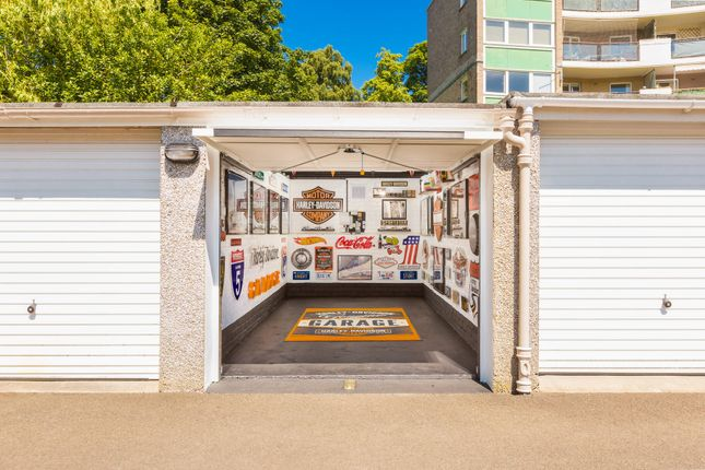 Parking/garage for sale in Pentland Drive, Edinburgh