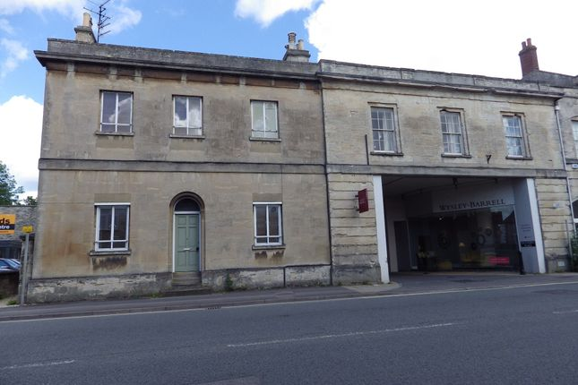 Thumbnail Flat to rent in Bridge Street, Witney, Oxfordshire