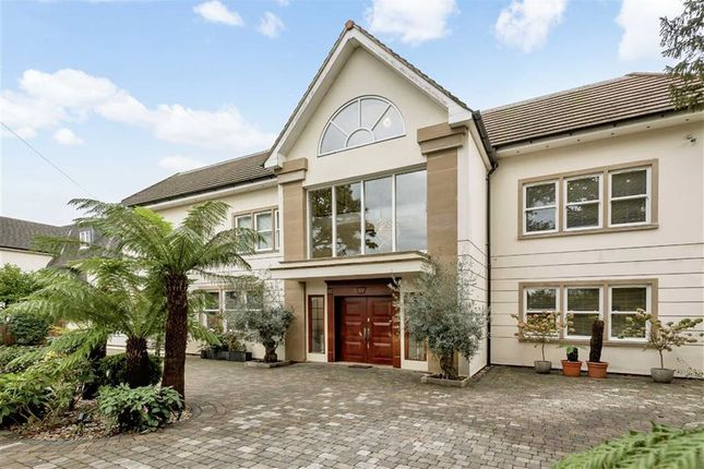 Thumbnail Detached house for sale in Beech Hill, Hadley Wood, Herts
