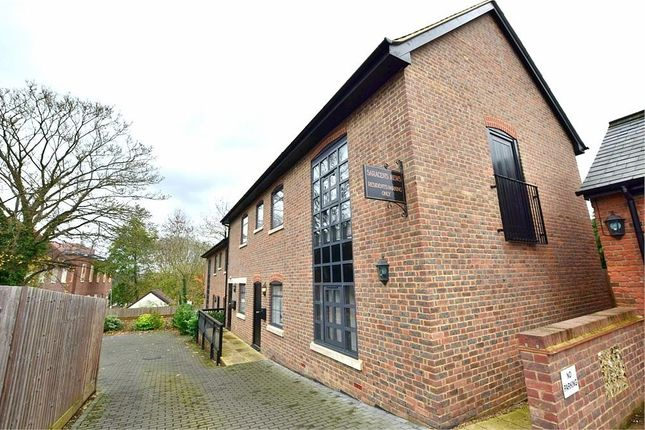 Thumbnail Flat to rent in 3 Saracens Mews, High Street, Kings Langley, Hertfordshire