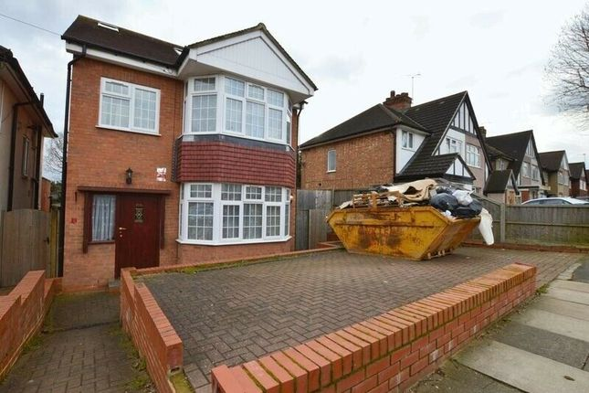 4 bed detached house to rent in Long Elmes, Harrow HA3