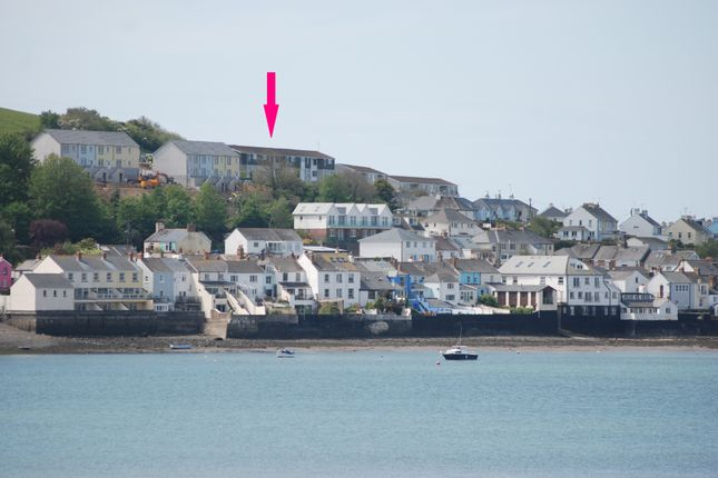 Thumbnail Flat to rent in The Mount, Appledore, Bideford